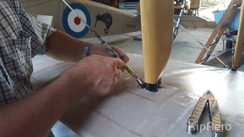 Safety tieing turnbuckle Sopwith Strutter strut